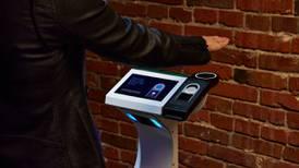 Amazon llevará a conciertos su tecnología de reconocimiento de manos Amazon One